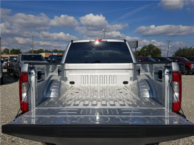 2017 F-350 Crew Cab 4x4, Pickup #H8338 - photo 11