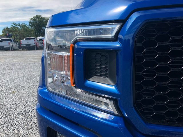 2018 F-150 Crew Cab 4x4 Pickup #J1396 - photo 8