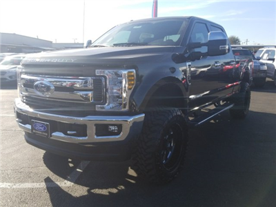 2018 F-250 Crew Cab 4x4, Pickup #J2090 - photo 5