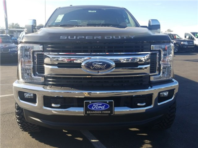 2018 F-250 Crew Cab 4x4, Pickup #J2090 - photo 6