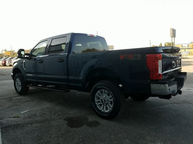 2018 F-250 Crew Cab 4x4, Pickup #J2200 - photo 5