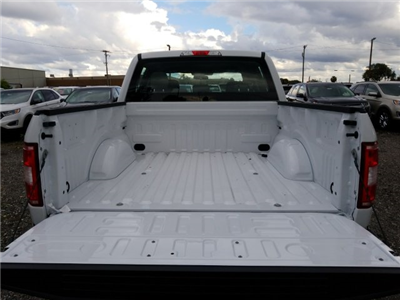 2018 F-150 SuperCrew Cab 4x2,  Pickup #J2508 - photo 11