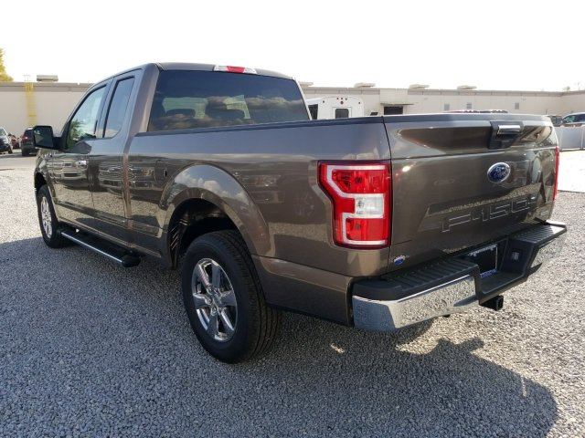 2018 F-150 Super Cab 4x2,  Pickup #J3417 - photo 4