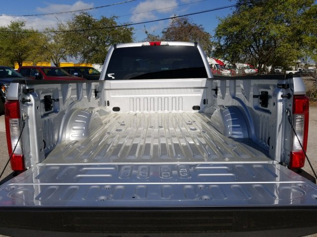 2018 F-250 Crew Cab 4x4, Pickup #J3591 - photo 11