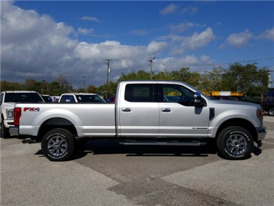 2018 F-250 Crew Cab 4x4, Pickup #J3591 - photo 3