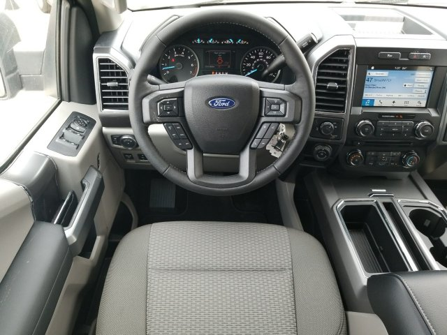 2018 F-150 SuperCrew Cab 4x2,  Pickup #J3625 - photo 30