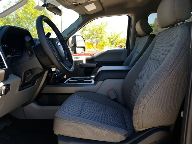 2018 F-250 Crew Cab 4x4, Pickup #J3761 - photo 17