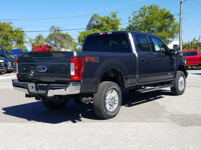 2018 F-250 Crew Cab 4x4, Pickup #J3761 - photo 2