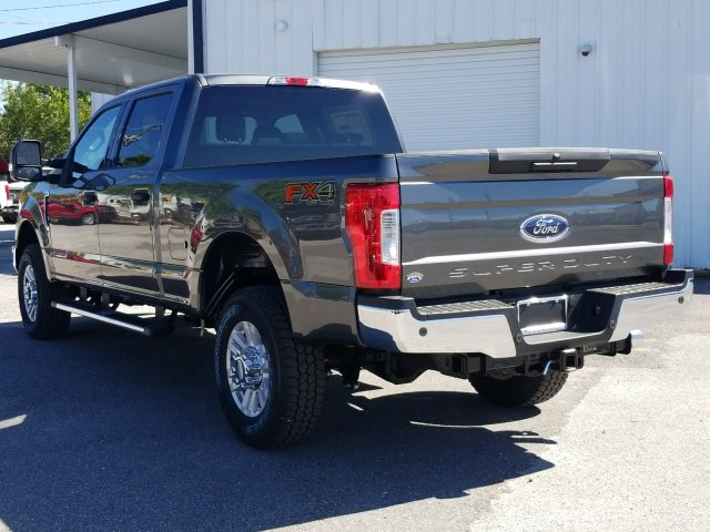 2018 F-250 Crew Cab 4x4, Pickup #J3761 - photo 4