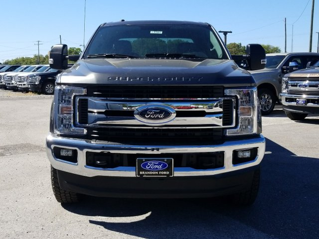 2018 F-250 Crew Cab 4x4, Pickup #J3761 - photo 6