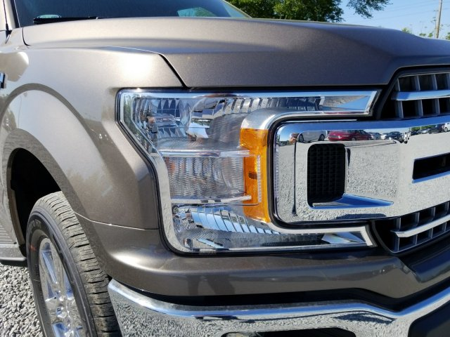 2018 F-150 SuperCrew Cab 4x2,  Pickup #J3778 - photo 8