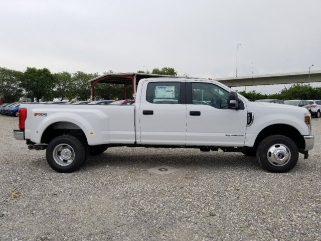 2018 F-350 Crew Cab DRW 4x4,  Pickup #J3788 - photo 3