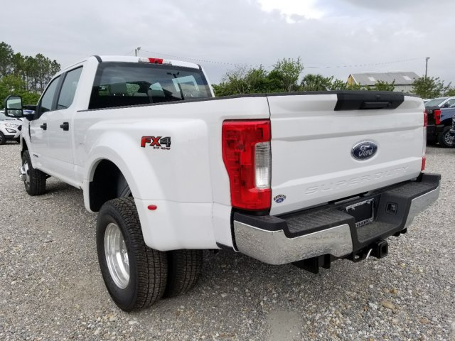 2018 F-350 Crew Cab DRW 4x4,  Pickup #J3788 - photo 5