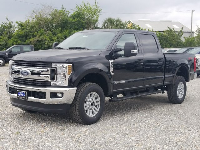 2018 F-250 Crew Cab 4x4,  Pickup #J3829 - photo 6