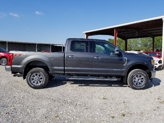 2018 F-250 Crew Cab 4x4, Pickup #J3937 - photo 3