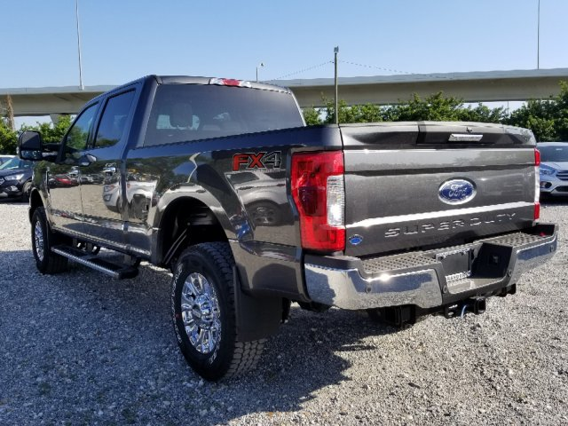 2018 F-250 Crew Cab 4x4, Pickup #J3937 - photo 5