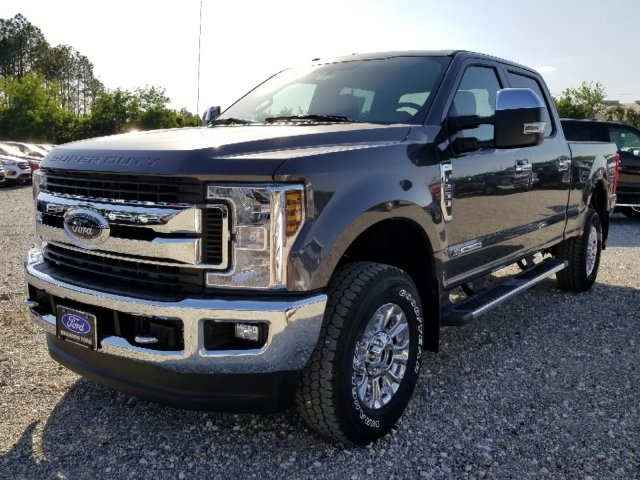 2018 F-250 Crew Cab 4x4, Pickup #J3937 - photo 6