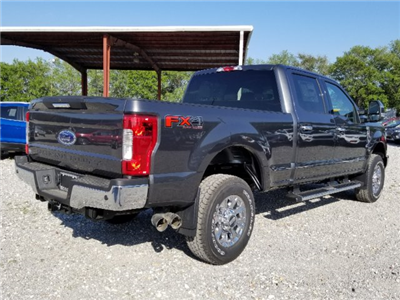 2018 F-250 Crew Cab 4x4, Pickup #J3937 - photo 2