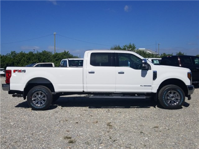 2018 F-250 Crew Cab 4x4, Pickup #J4001 - photo 3