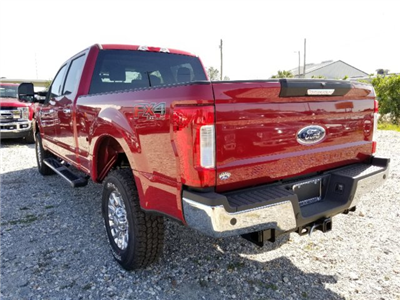 2018 F-250 Crew Cab 4x4, Pickup #J4004 - photo 5
