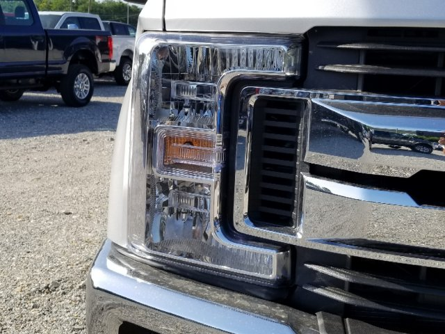 2018 F-250 Crew Cab 4x4,  Pickup #J4076 - photo 8