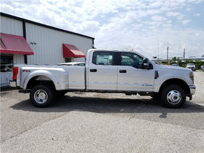 2018 F-350 Crew Cab DRW 4x4,  Pickup #J4124 - photo 3