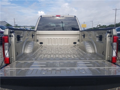 2018 F-250 Crew Cab 4x4,  Pickup #J4237 - photo 12