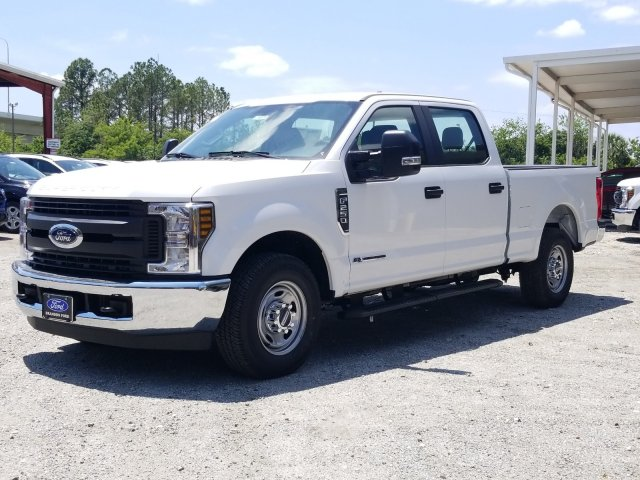 2018 F-250 Crew Cab 4x2,  Pickup #J4377 - photo 5