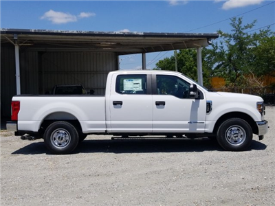 2018 F-250 Crew Cab 4x2,  Pickup #J4377 - photo 24
