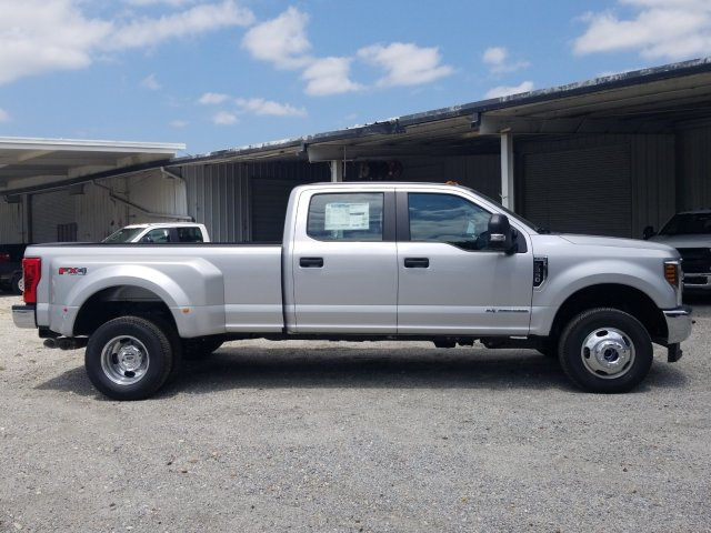 2018 F-350 Crew Cab DRW 4x4,  Pickup #J4498 - photo 3