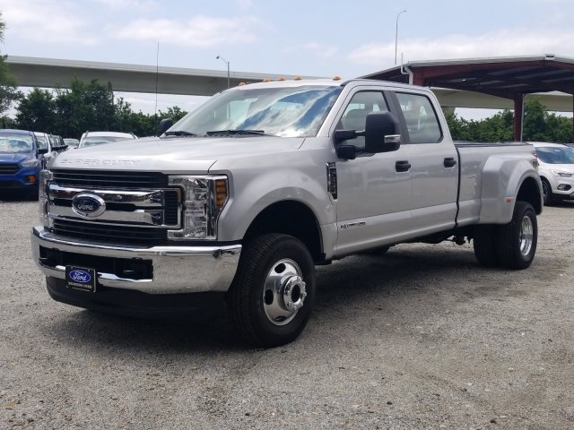 2018 F-350 Crew Cab DRW 4x4,  Pickup #J4498 - photo 6