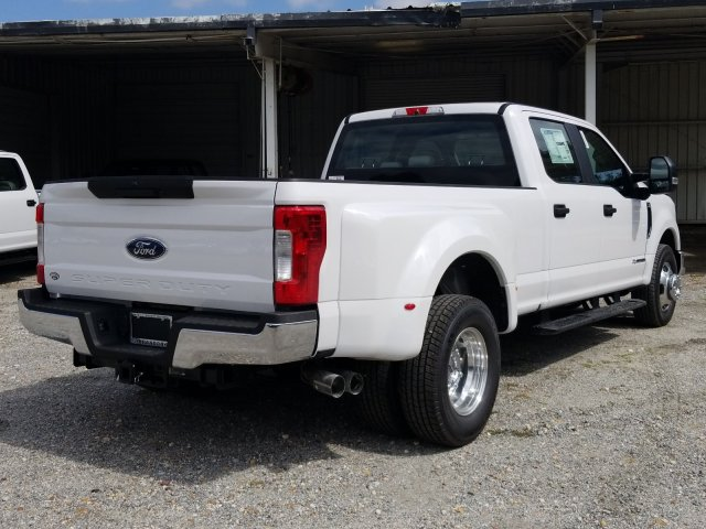 2018 F-350 Crew Cab DRW 4x2,  Pickup #J4544 - photo 2