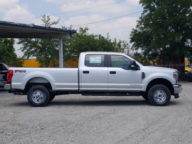 2018 F-350 Crew Cab 4x4,  Pickup #J4590 - photo 6