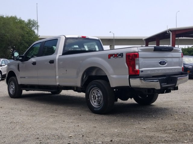 2018 F-350 Crew Cab 4x4,  Pickup #J4590 - photo 4