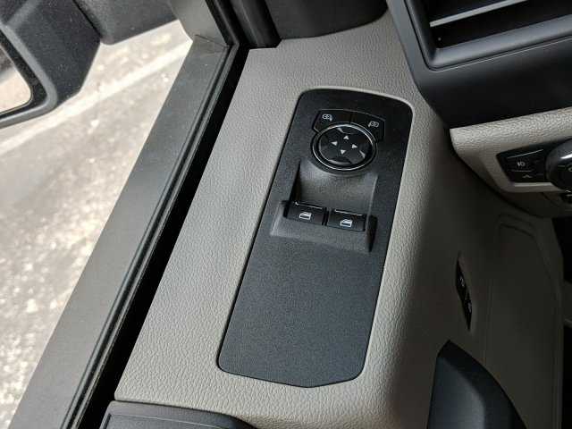 2018 F-150 Regular Cab 4x2,  Pickup #J5890 - photo 15