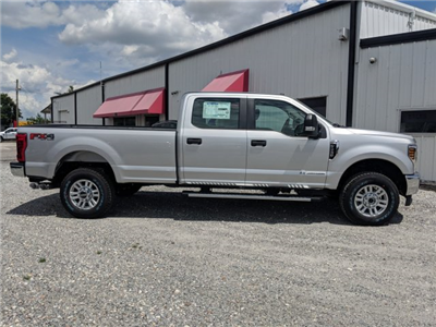 2018 F-250 Crew Cab 4x4,  Pickup #J6011 - photo 6