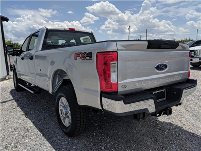 2018 F-250 Crew Cab 4x4,  Pickup #J6011 - photo 4