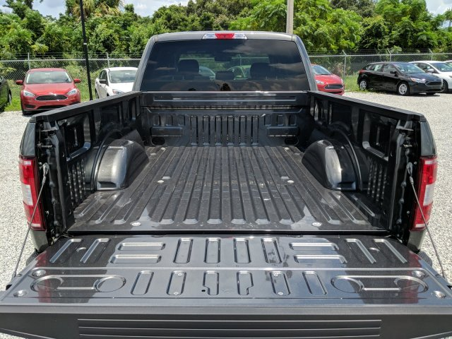 2018 F-150 SuperCrew Cab 4x2,  Pickup #J6446 - photo 10