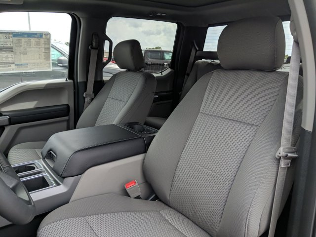 2018 F-150 SuperCrew Cab 4x2,  Pickup #J6465 - photo 18