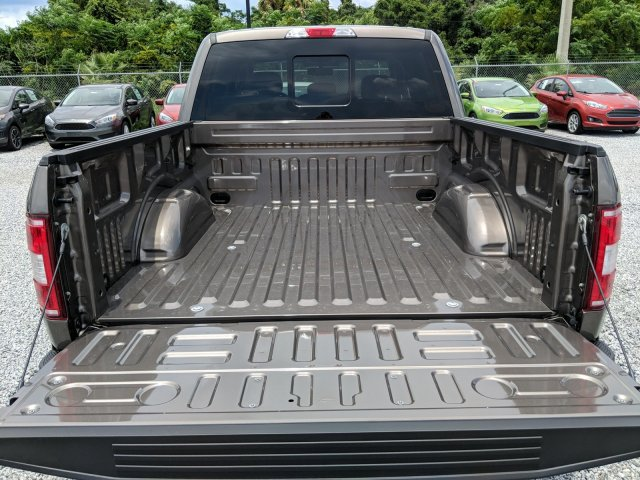 2018 F-150 SuperCrew Cab 4x2,  Pickup #J6469 - photo 10