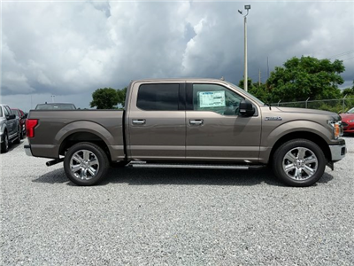 2018 F-150 SuperCrew Cab 4x2,  Pickup #J6489 - photo 32