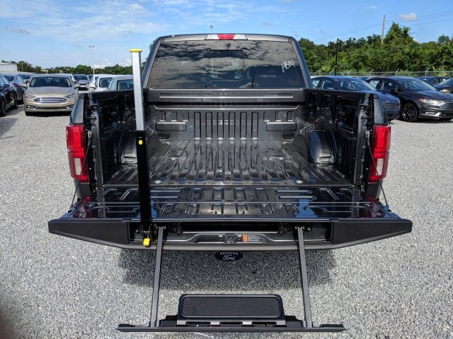 2018 F-150 SuperCrew Cab 4x4,  Pickup #J7310 - photo 10