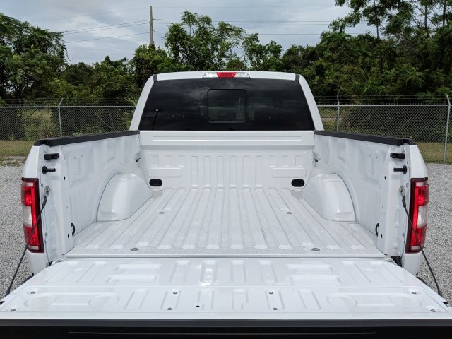 2018 F-150 SuperCrew Cab 4x4,  Pickup #J8156 - photo 10