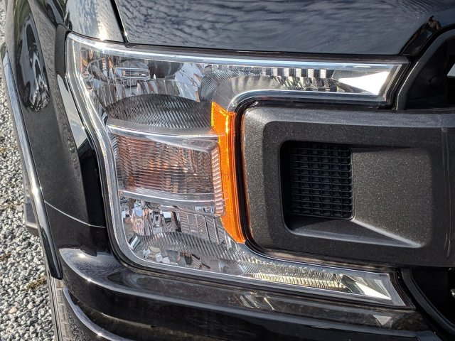2018 F-150 SuperCrew Cab 4x2,  Pickup #J8215 - photo 7