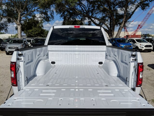 2018 F-150 SuperCrew Cab 4x4,  Pickup #J8438 - photo 10