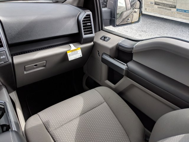 2018 F-150 SuperCrew Cab 4x2,  Pickup #J8547 - photo 14