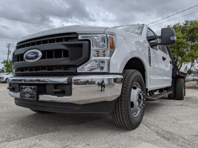 2020 F-350 Crew Cab DRW 4x2, CM Truck Beds RD Model Flatbed Body #L2582 - photo 10