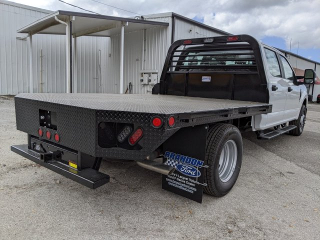 2020 F-350 Crew Cab DRW 4x2, CM Truck Beds RD Model Flatbed Body #L2582 - photo 2