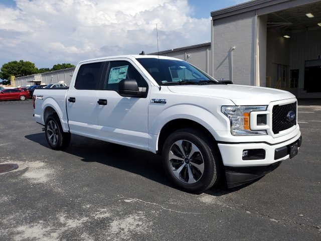 2020 Ford F-150 SuperCrew Cab RWD, Pickup #L3301 - photo 2
