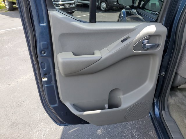 2018 Nissan Frontier Crew Cab RWD, Pickup #L3844A - photo 12